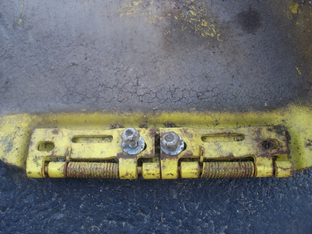 Fabricate a discharge chute? - MyTractorForum com - The