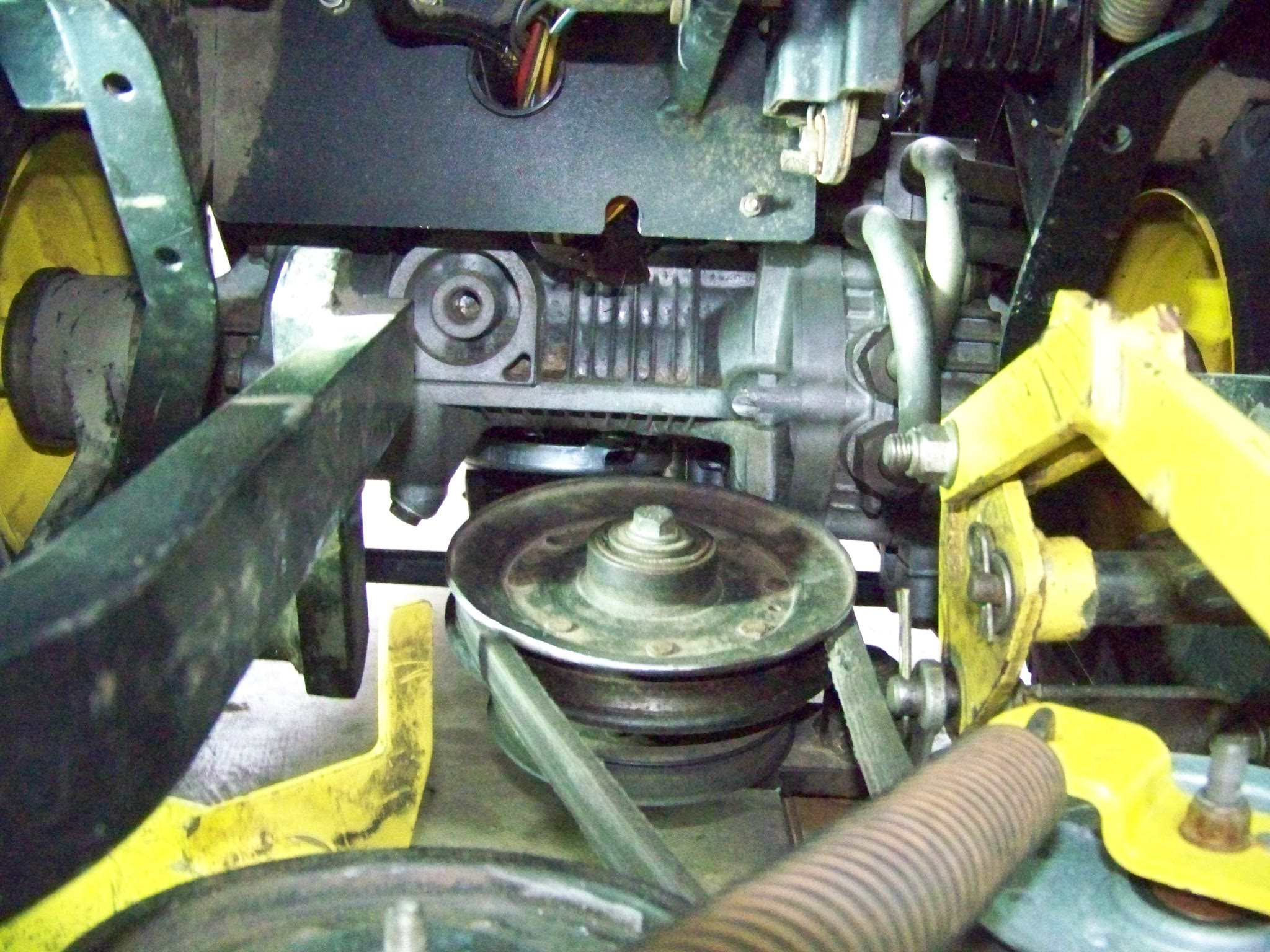 32 John Deere F525 Mower Deck Belt Diagram