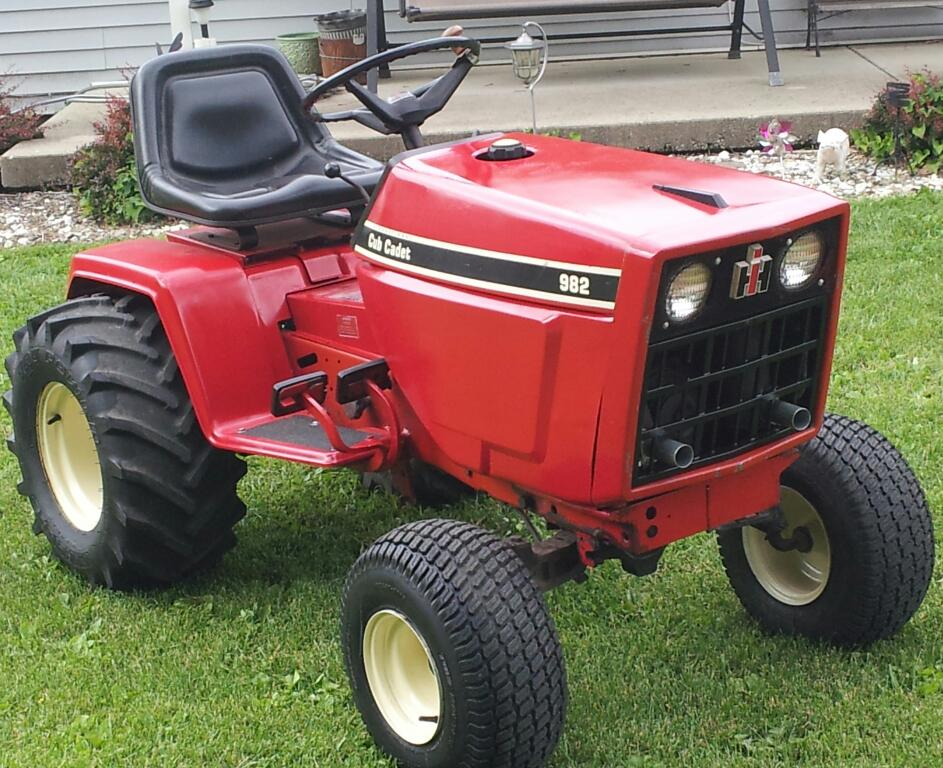 1086 International Tractor Manual furthermore Wiring Diagram For Farmall 656 Tractor in addition International Cub Cadet Parts Diagram furthermore Farmall H Engine Parts Diagram likewise 766 Ih Tractors For Sale. on 1486 international tractor wiring diagram