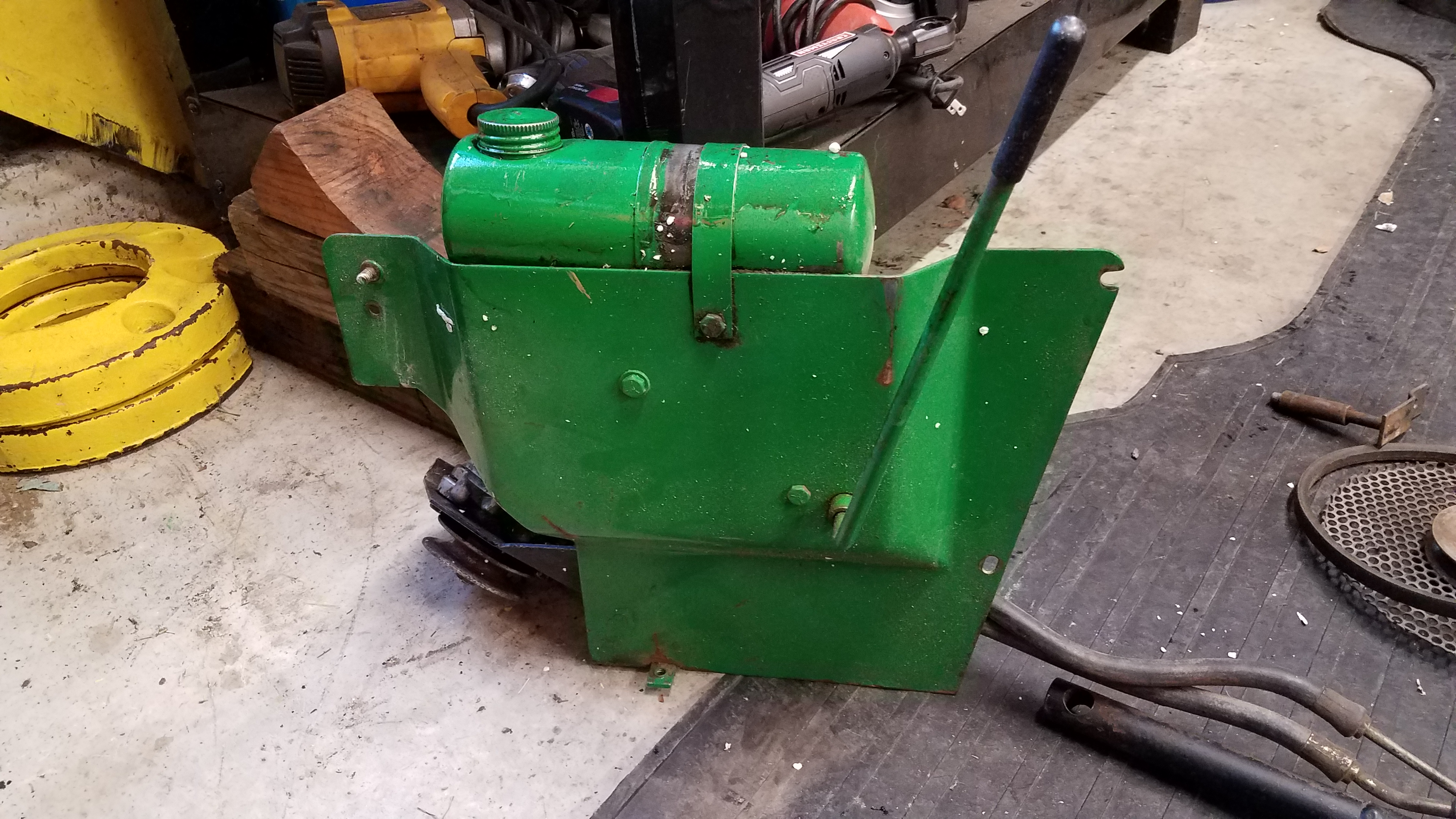 200 Series Hydraulic Lift Install - MyTractorForum.com - The ... on