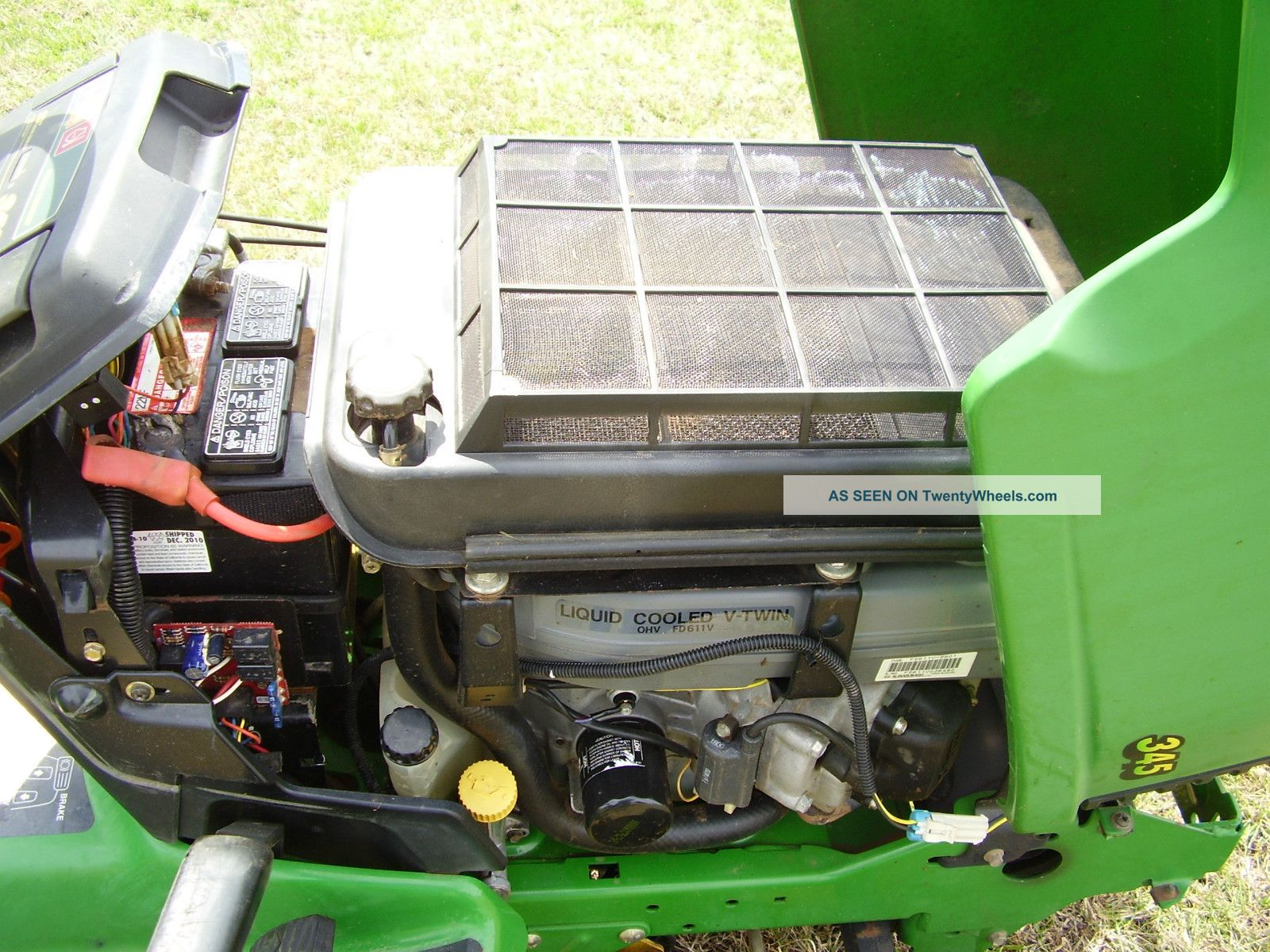 How do I lock the engine to tighten the new PTO