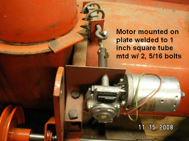Click image for larger version  Name:Chute mtr mount.jpg Views:1060 Size:98.9 KB ID:57364