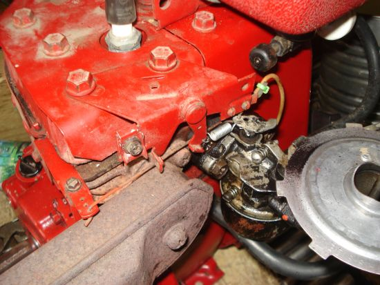 HH60 Throttle/governor linkage help     - MyTractorForum com - The