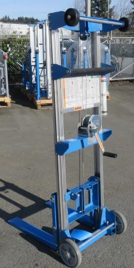 Click image for larger version  Name:Forklift3.jpg Views:22 Size:49.1 KB ID:2368113
