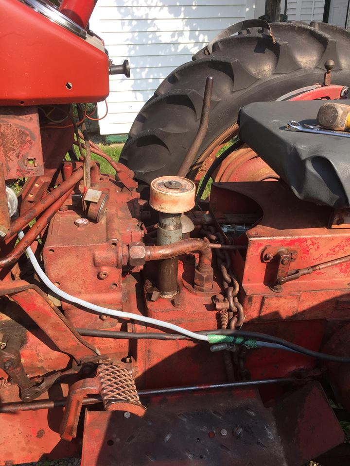 IH 340 Hydraulics - MyTractorForum com - The Friendliest