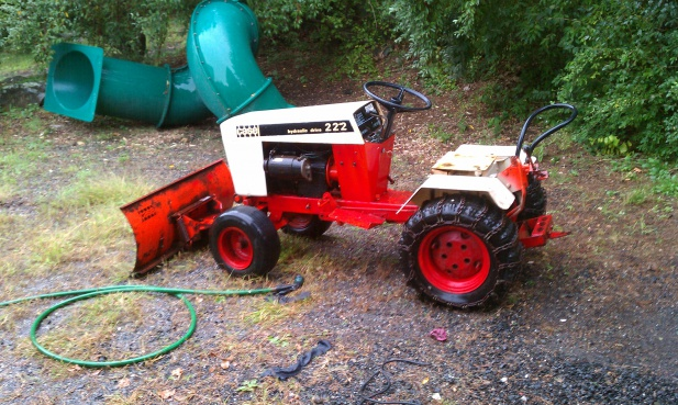 newbie trying to start my new case 222 mytractorforum com the click image for larger version imag0180 jpg views 83 size 151 4