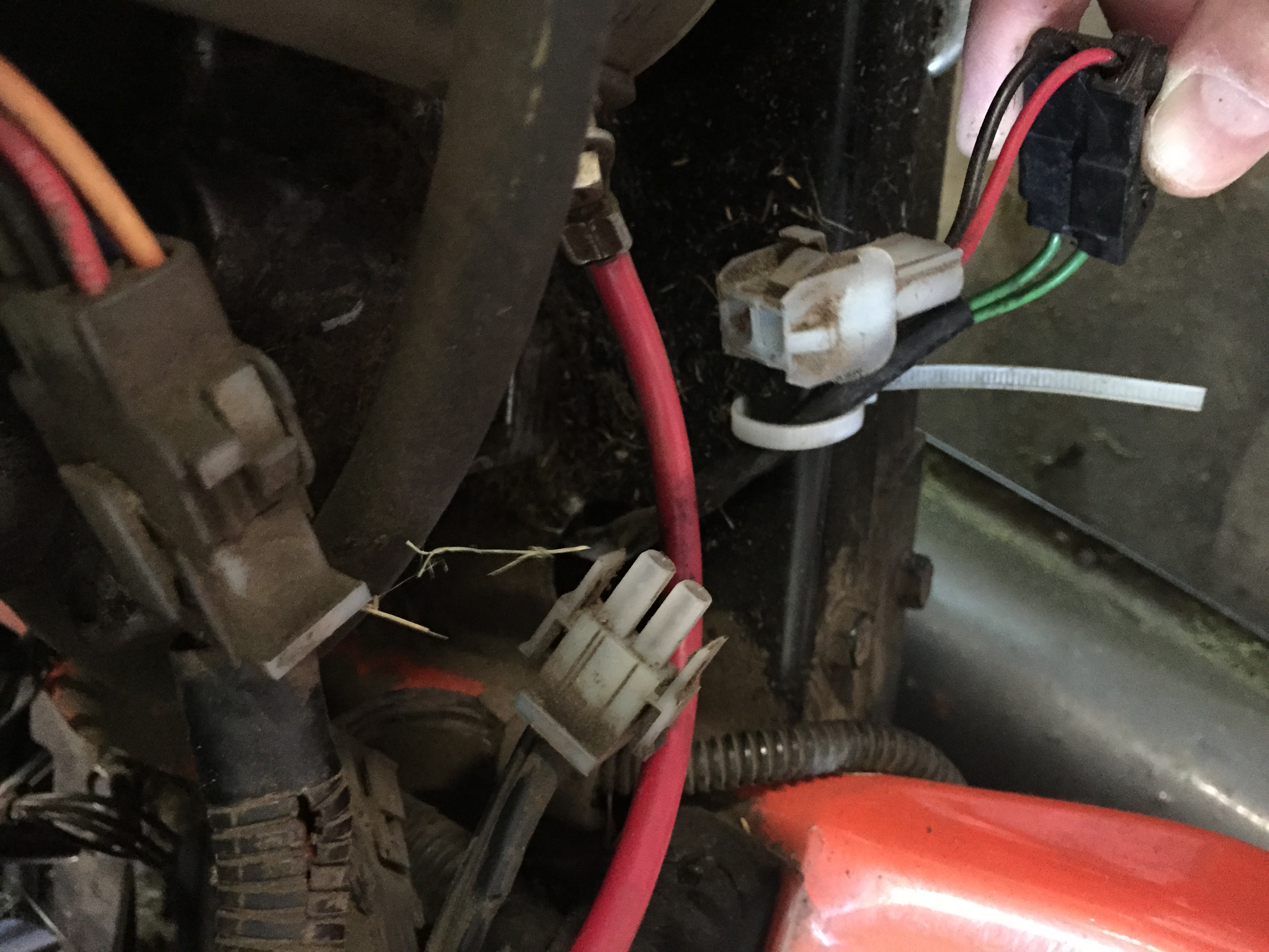 Husqvarna Rider Electrical Problem - Fuses Blown - MyTractorForum