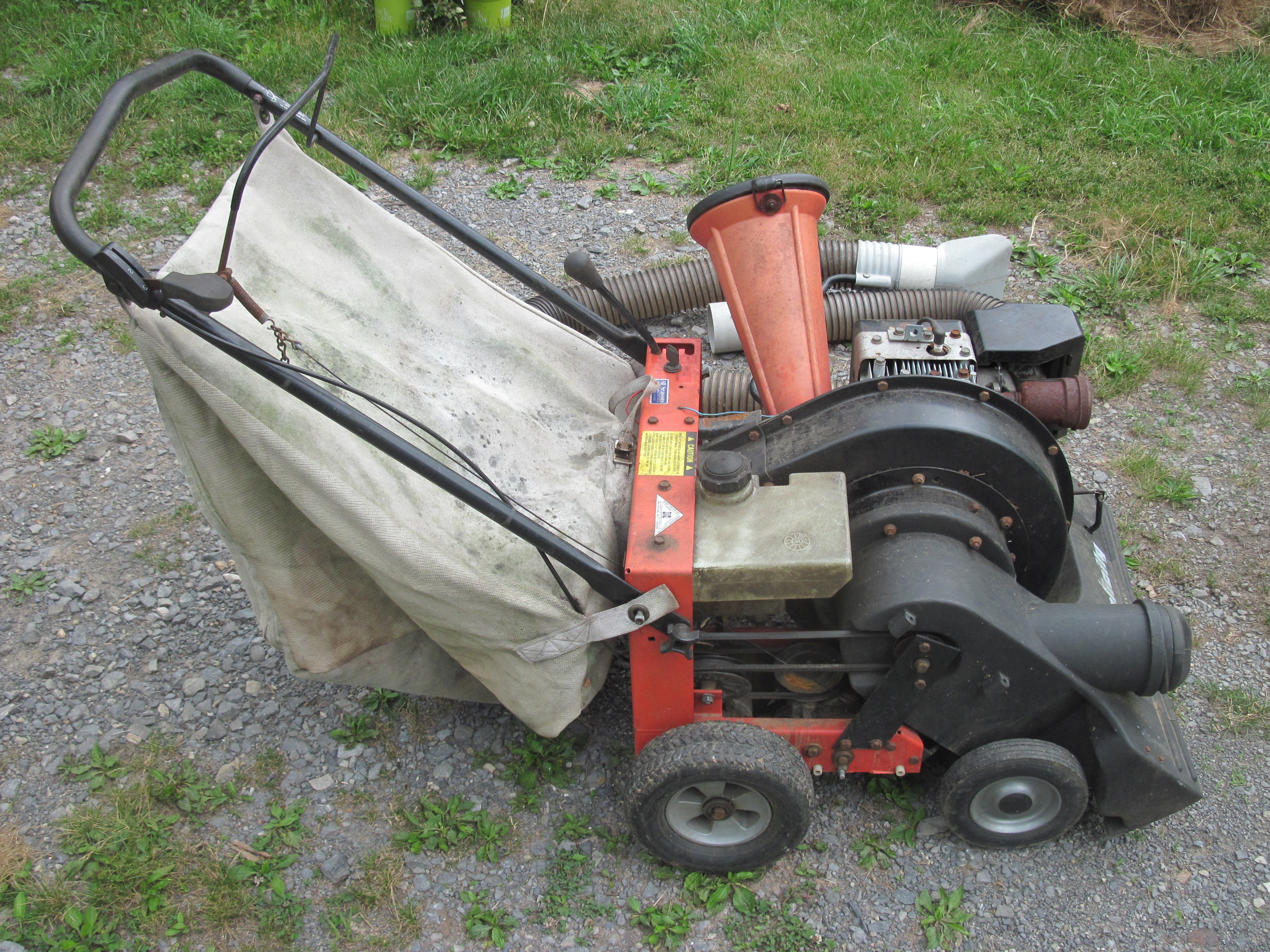 Scored A Simplicity 8 25e Chipper Vacuum Mytractorforum