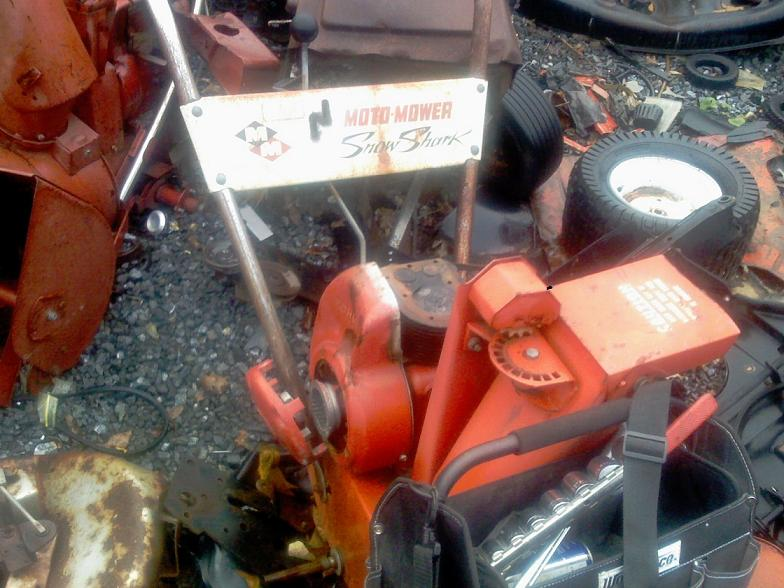 Click image for larger version  Name:motomow snowblower.JPG Views:145 Size:75.7 KB ID:81219