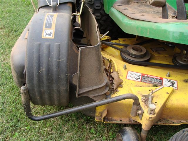 271305319345 likewise John Deere X300 Bagger as well P together with Tractor Mower Loader besides M W WHITE ZERO TURN LAWN MOWER MOWER DECK 290676904184. on john deere power flow 46 deck