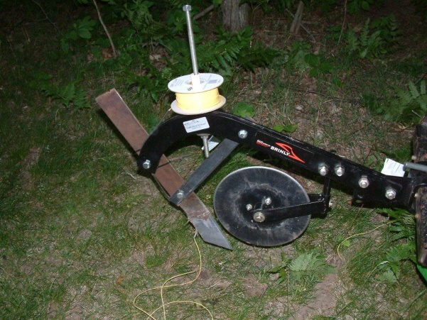 Installing Buried Wire Attachment Mytractorforum The