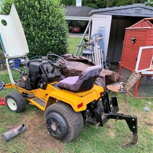 Cub Cadet 1811 with 3-point and a Ripper mounted
