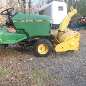 "1988 John Deere 240 with the 42"" snow thrower diff angle"